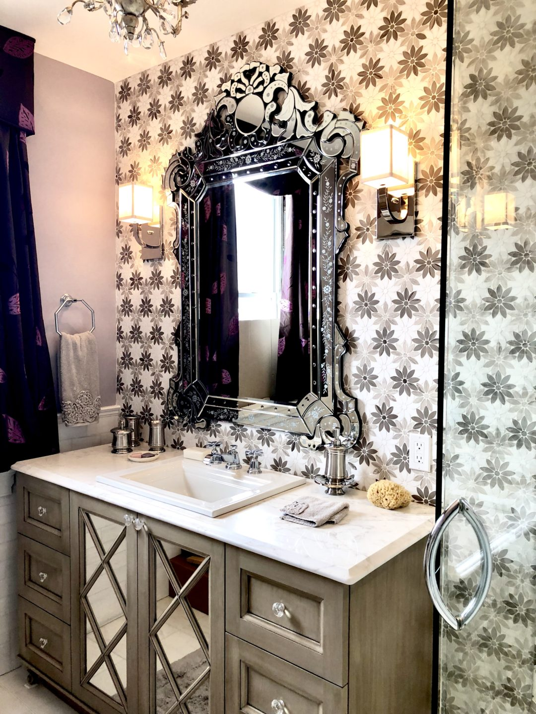 Cape May Showhouse Ensuite Bathroom Vanity